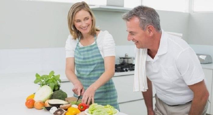 بهترین رژیم غذایی برای کاهش وزن در میانسالی پروتئین و سبزیجات
