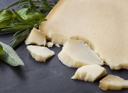پنیر بخورید